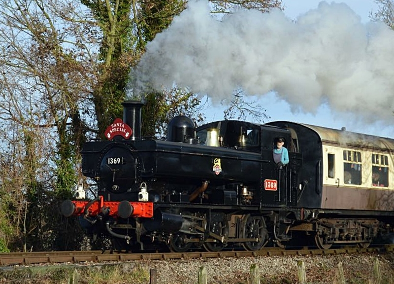 Chinnor-Princes-Risborough-Railway-mince-pie